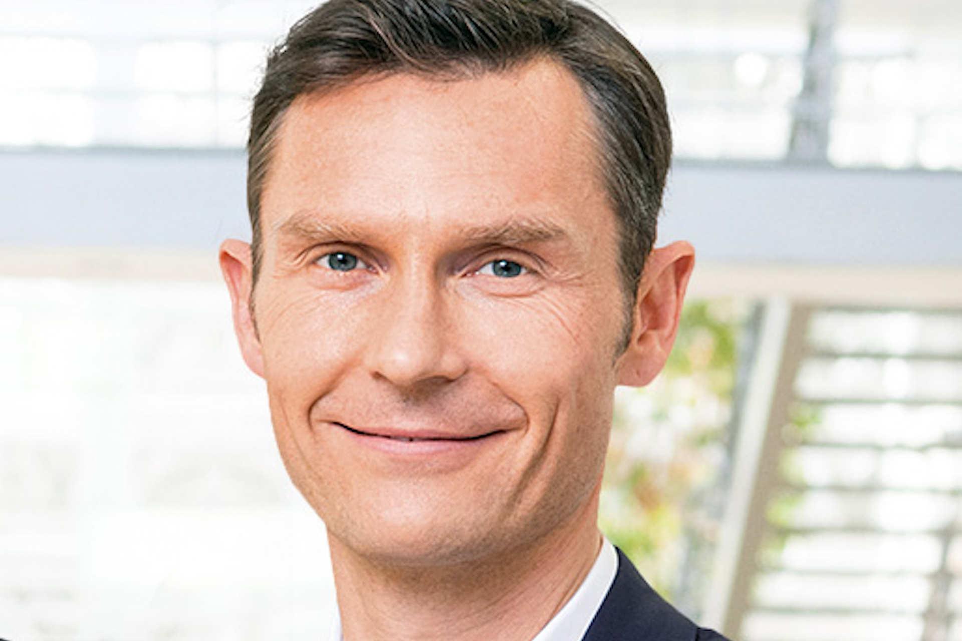 TOM TAILOR: Dr. Schäfer und Dressendörfer vor dem Absprung