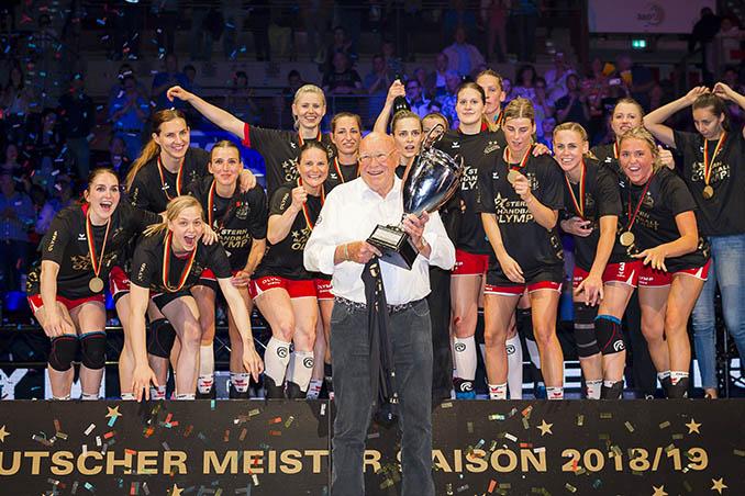 OLYMP sponsert deutschen Handballmeister
