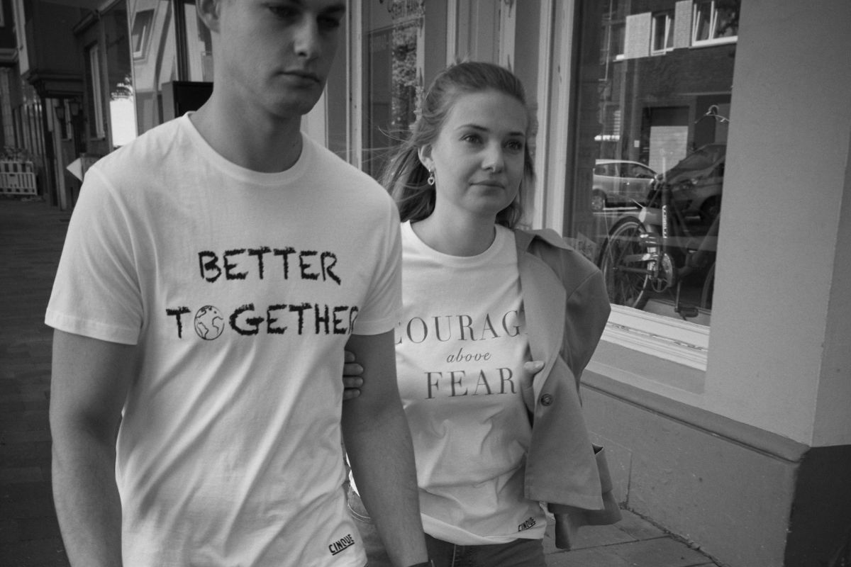 CINQUE verkauft Charity-Shirt