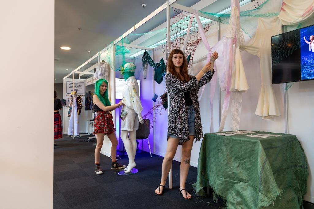 Hochschule Macromedia und Mitteldeutsches Mode Center kooperieren