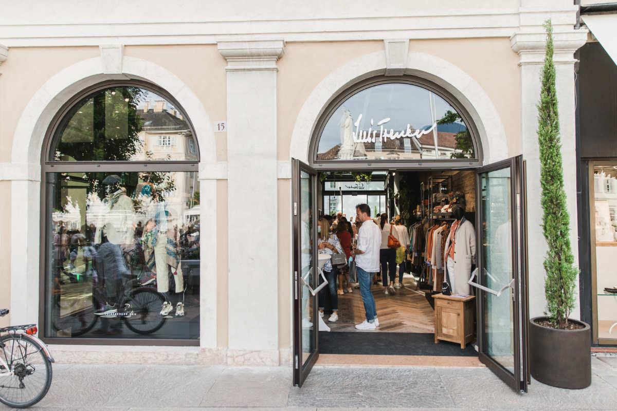 Luis Trenker eröffnet Store in Bozen